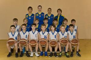 Команда юношей 2000 года рождения, тренер – преподаватель Михайлова Т.И